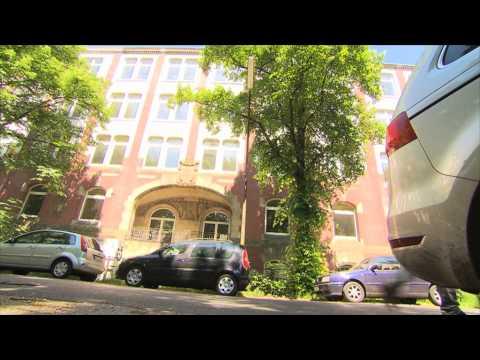RTL: Abenteuer 'Hauswächter' - Alleine wohnen auf über 1000 m²