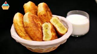 Самые вкусные пирожки с картошкой и грибами по рецепту Семейной кухни. Жареные пирожки с начинкой из картофельного пюре и шампиньонов. Домашние пирожки с картофелем и грибами получаются пышными, нежными и безумно вкусными. Легкий и простой рецепт пирожков.НАШ САЙТ СЕМЕЙНАЯ КУХНЯ с подробным описанием рецепта и фотографиями http://familykuhnya.com/ИНСТАГРАМ: http://instagram.com/familykuhnyaЖдем фото ваших кулинарных шедевров в нашей группе http://vk.com/familykuhnyaНаш канал о жизни! HappyLife Family https://www.youtube.com/channel/UCUdHxVVLBD-p9k2b7FywargИнгредиенты:тесто:450 мл вода 1 шт яйцо 730 гр мука 10 гр дрожжи сухие 1 ст.л. сахар 1 ч.л. соль2 ст.л. растительное масло начинка: 4-6 шт. картофель 300 гр шампиньоны 1 шт лук 20 гр растительное масло 50 гр сливочное масло соль, перец укроп раст. масло для жаркиIngredients:For the dough:450ml of water1 egg730g. of flour10g. of dry yeast1 tbsp. of sugar1 tsp. of salt2 tbsp. of seed oilFor the filling:4-6 potatoes300g. of white mushrooms1 onion20g. of seed oil50g. of buttersalt, pepperdillrefined vegetable oil for frying ВСЕ РЕЦЕПТЫ ТЕСТА https://www.youtube.com/playlist?list=PL9BZnBiHjujxTjovsgMc06yHNHjxc-hpMПРАЗДНИЧНЫЕ ЗАКУСКИ https://www.youtube.com/playlist?list=PL9BZnBiHjujy9PgryD0Y7fdzhtAyKBu82