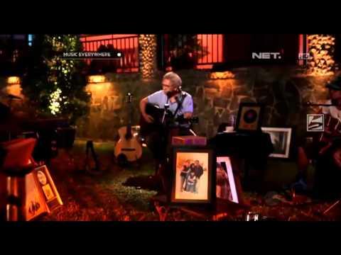 Video Iwan Fals - Sore Tugu Pancoran (Music Everywhere_Net Music) download in MP3, 3GP, MP4, WEBM, AVI, FLV January 2017