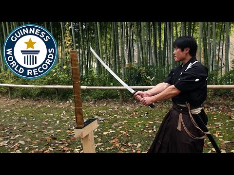 Martial Artist Isao Machii Sets World Record for Most Sword Cuts Through Straw Mats in One