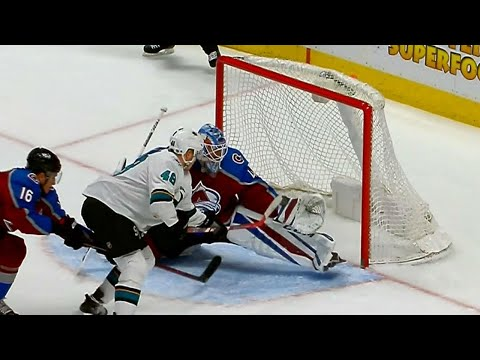 Video: Bernier makes huge double save on Hertl to keep Avalanche ahead