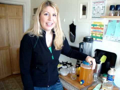 How to make the Master Cleanse Lemonade