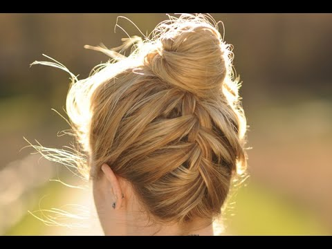 upside down french braid - Sorry about the shaky camera work! I'm not a video pro and neither is my husband. I just made this video to help my blog followers. www.sidewalkready.com.