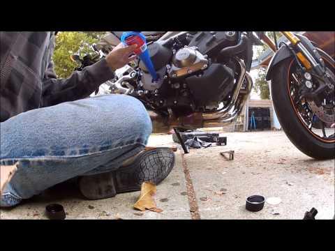 Yamaha FZ09 2014 with M4 Exhaust Carbon Fiber Slip On System