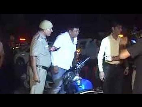 Video 19-year-old stunt biker killed, another injured in firing by Delhi cops download in MP3, 3GP, MP4, WEBM, AVI, FLV January 2017