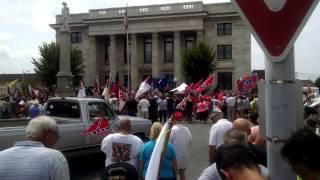 Graham (NC) United States  city photo : Confederate statue rally, Graham, North Carolina.