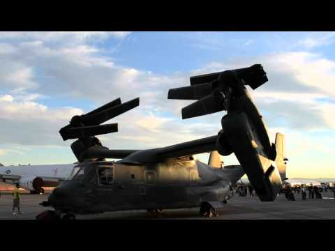 V22 Osprey folding up