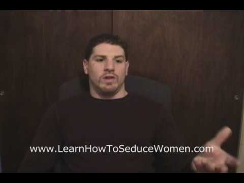 How to Seduce Women by Adding Humor Into Seduction