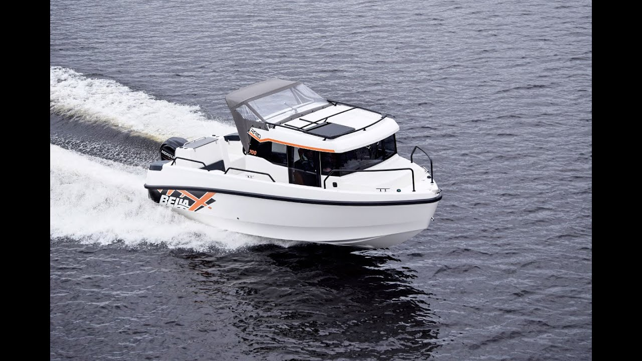 Универсальный закрытый катер Bella 700 RAID для моря, рек и озер. Превосходно подходит для путешествий в любых условиях.