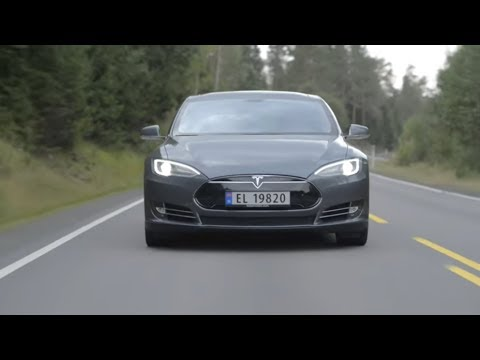 Tesla bringt echten Elektro-Mittelklassewagen auf den ...