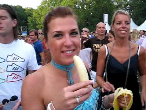 Extreme Amazing Banana Deepthroat - By Wendy