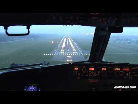 Προσγείωση αεροπλάνου από τη θέση του πιλότου