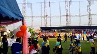 กิจกรรมกีฬาสีโรงเรียนบีคอนเฮาส์แย้มสอาดรังสิต วันที่ 25 ธันวาคม 2558 สีส้มค่ะ