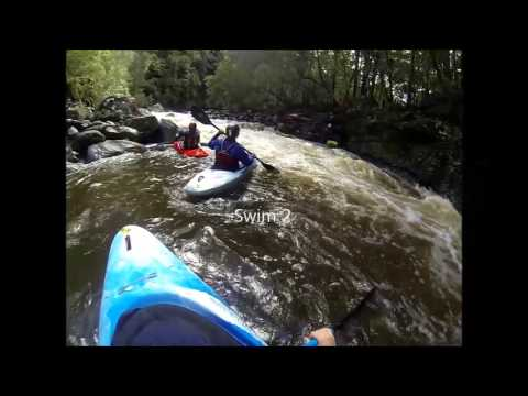 White water kayaking the upper Kangaroo River at 1.5m