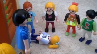 Video Playmobil: Accident dramatique au gymnase MP3, 3GP, MP4, WEBM, AVI, FLV Mei 2017