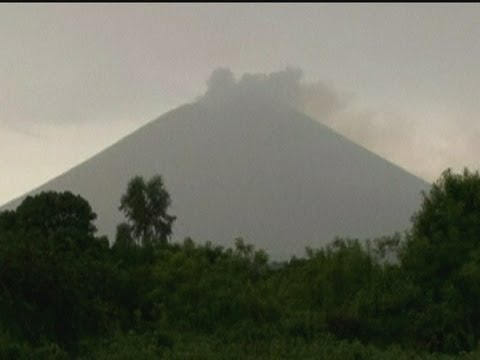 Residents in north-west Nicaragua evacuated as San Cristobal volcano spews ash cloud