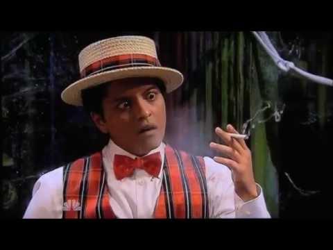 Bruno Mars ? Funny Moments =)