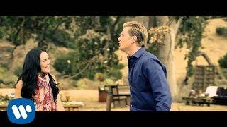 Video Alexander Acha - Amor Sincero feat. Zuria Vega (Video Oficial) MP3, 3GP, MP4, WEBM, AVI, FLV Oktober 2018