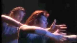 Chromatics - Running Up That Hill (Kate Bush Cover)