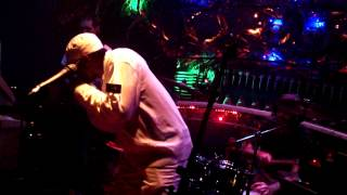 Video SANDEENO & RIDDIMSHOT - Cross club Dec 2012