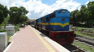 Jaffna Sri Lanka  city photo : Jaffna Train Yal Devi train Colombo to Jaffna Sri Lanka Railway 2014