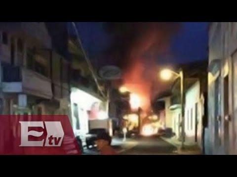Queman patrulla en protesta de muerte de reo en Michoacán