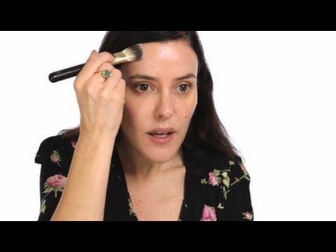 Lisa Eldridge - Make-up Basics: Foundation Tutorial