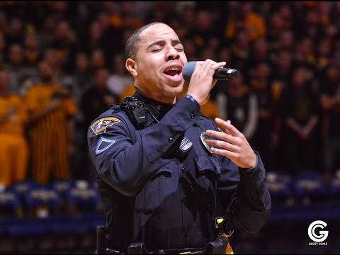 University police officer wows the crowd with last minute performance