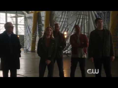 Supergirl Season 2 (DC Crossover Event 'Heroes vs Aliens' Promo 2)