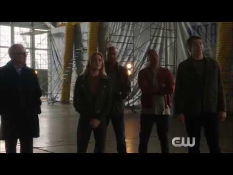 Supergirl Season 2 (DC Crossover Event 'Heroes vs Aliens' Promo 2)