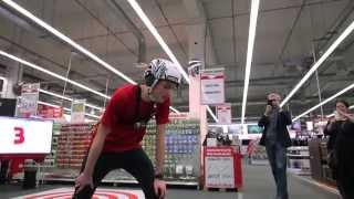 Crazy Run / Course De Fou - Media Markt - YouTube