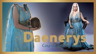 Video del proceso de creación del vestuario de Daenerys Targaryen, del libro y serie televisiva Game of Thrones. Realizado bajo...