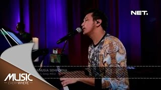 Video Nidji - Manusia Sempurna (Live at Music Everywhere) * MP3, 3GP, MP4, WEBM, AVI, FLV Agustus 2017