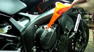 8. Yamaha FZ6 Oil + Filter Change Chain Adjustment