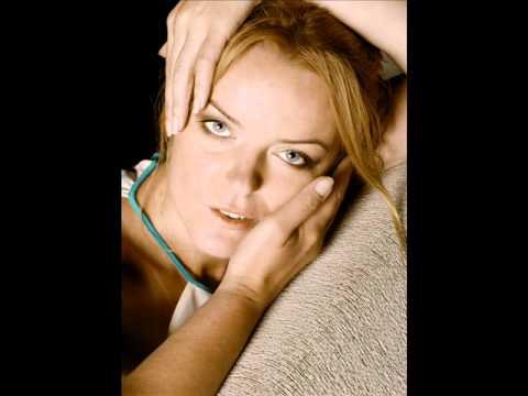 Tekst piosenki Iwona Chołuj - Spać nie mogę ani jeść po polsku