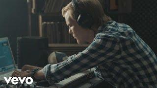 Thumbnail for Avicii — Silhouettes (Ralph Laruen & Denim Remix)
