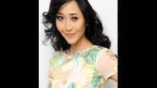 Download lagu Rini Wulandari Rini Idol Cinta Telah Memilih Mp3