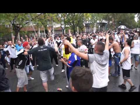 """Esta Es Tu Hinchada, Que Va Descontrolada"".. ♪♫ - La Peste Blanca - All Boys"