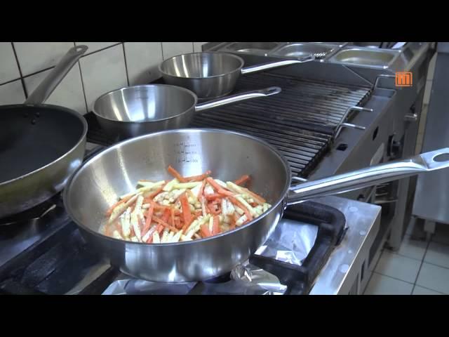 Julienne von Karotten - Sellerie - Lauchgemüse