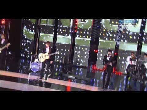 101229 SBS 歌謠大戰 – CNBLUE with DJ Koo – 외톨이야 孤獨的人 + Love
