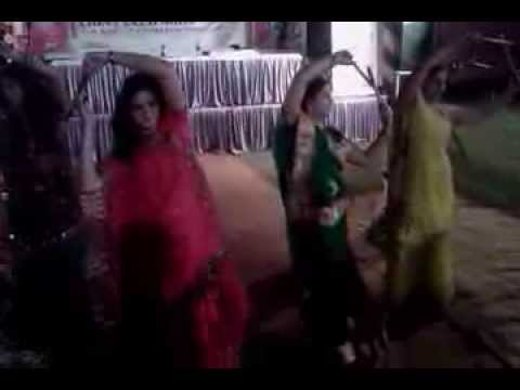 Video dandia dance at Lions Diwali Milan, 2013 download in MP3, 3GP, MP4, WEBM, AVI, FLV January 2017