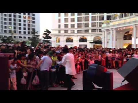 Vanh Leg Live tại Hà Nội Ngày 08/06/2014