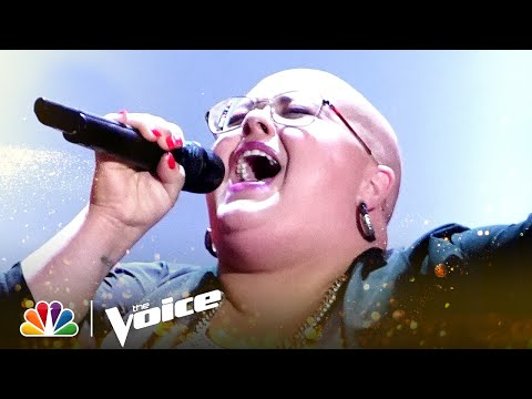 """Holly Forbes' 4-Chair Turn Performance of Elton John's """"Rocket Man"""" 