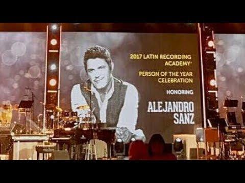 CNCO en el Evento de la Persona del Año 2017 en Honor a Alejando Sanz