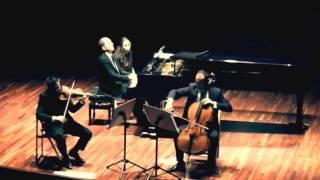 VELADA MUSICAL CON EL TRÍO MALATS