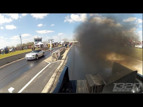 TX2K13 – 1100hp Truck smokes Supercharged Viper