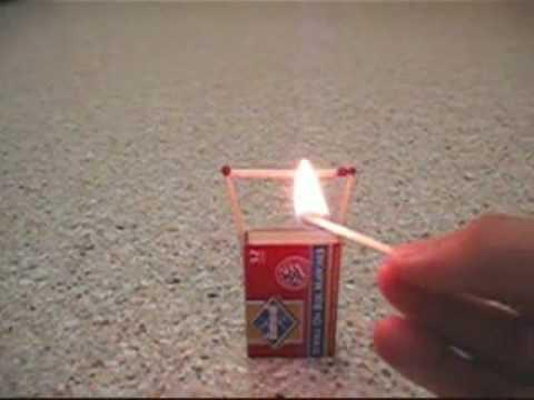 火柴點燃後發生靈異現象!