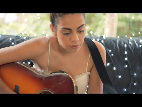 Thelma Plum - Christmas Song (live acoustic)