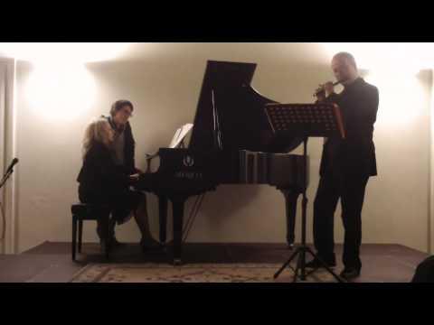 Vincenzo Sorrentino: ...in tempo - Nicola Mazzanti: piccolo flute