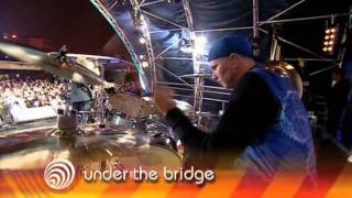 Video Red Hot Chili Peppers - Under the Bridge & Give it Away [Live] MP3, 3GP, MP4, WEBM, AVI, FLV November 2018